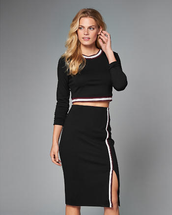 ANF Cropped Ponte Top