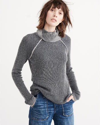 ANF Cutout Turtleneck Sweater