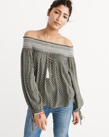 ANF Printed Off-The-Shoulder Top