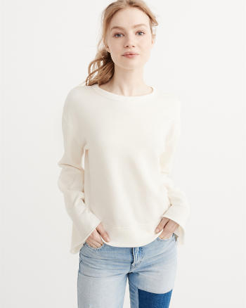 ANF Bell Sleeve Pullover
