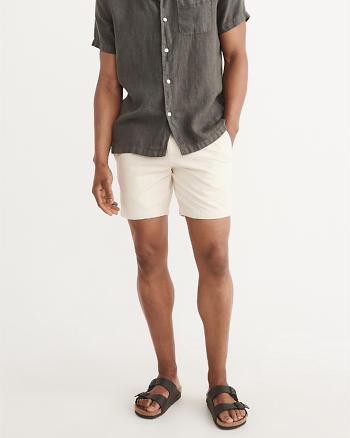 ANF Pleated-Front Preppy Shorts