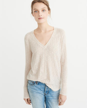 ANF Cozy V-Neck Top